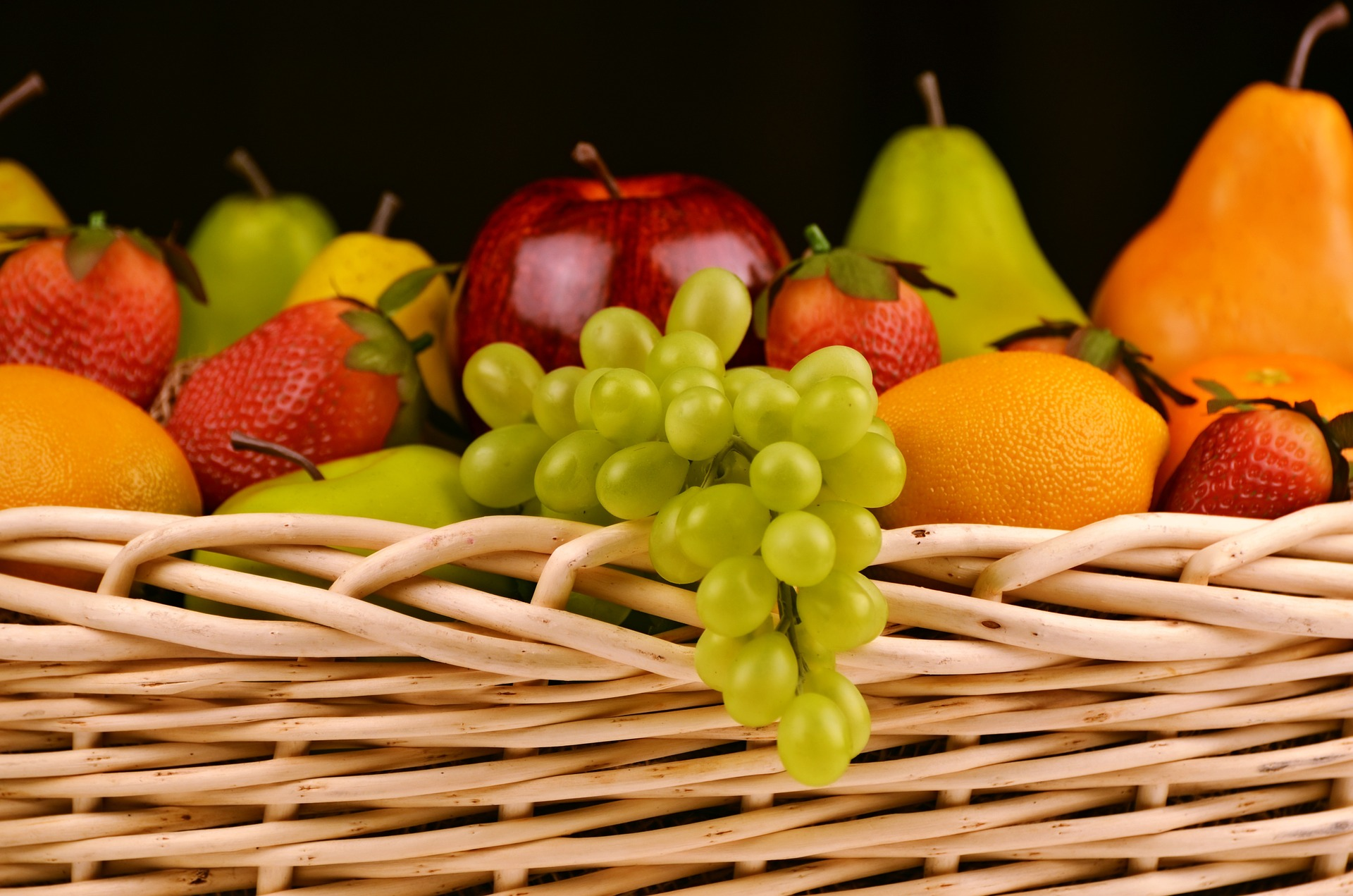 fruit basket nutrition