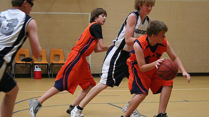 Basketball: Skills and Drills (Child 9-12)